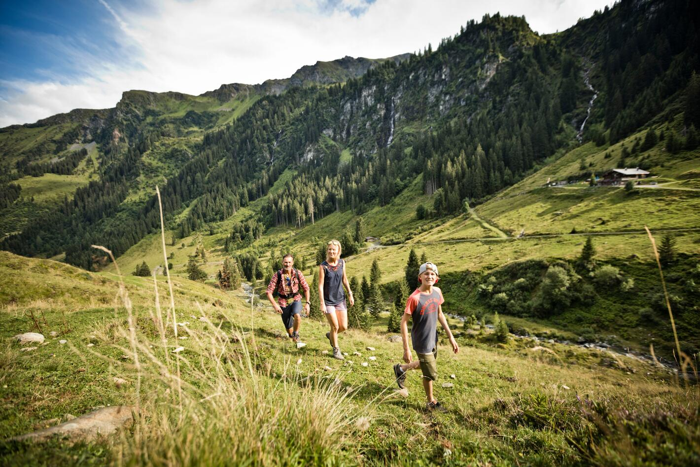 hiking holiday family Salzburger Land | © saalbach.com, Mirja Geh