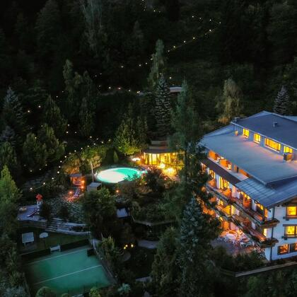 Vier Sterne Hotel Saalbach Theresia